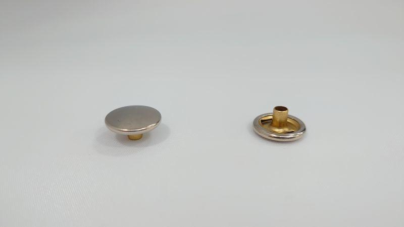 画像1: 【バラ】リングホック#7050 ボタン BN 100組 (1)