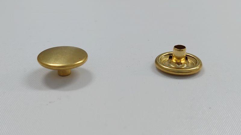 画像1: 【箱入】リングホック#7050 ボタン 真鍮生地 1000組 (1)